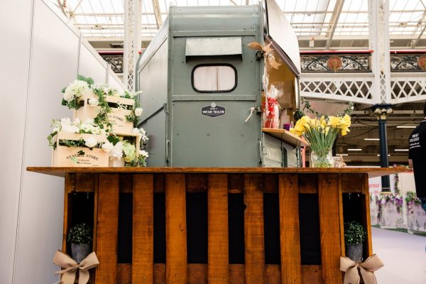 The Drinks Box - Converted Horse Trailer Mobile Bar Hire 11