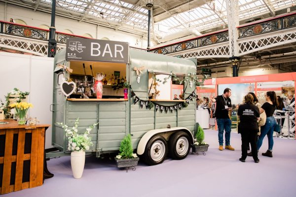 The Drinks Box - Converted Horse Trailer Mobile Bar Hire 5